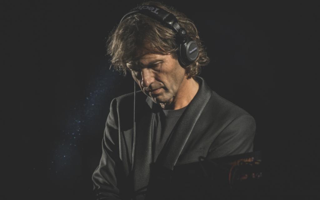 Hernán Cattáneo muestra en Netflix el show que llevó la electrónica al Colón