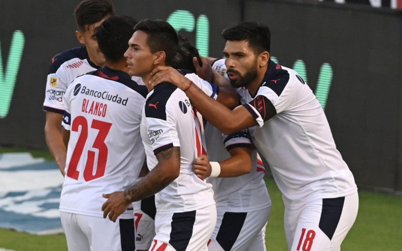 Independiente ganó en Rosario y Falcioni lleva tres triunfos al hilo
