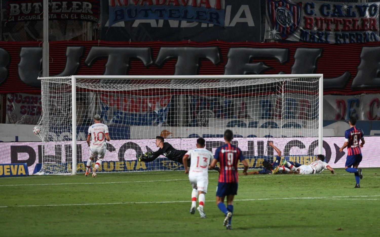 San Lorenzo y Huracán empataron 1-1 el clásico en el Nuevo Gasómetro