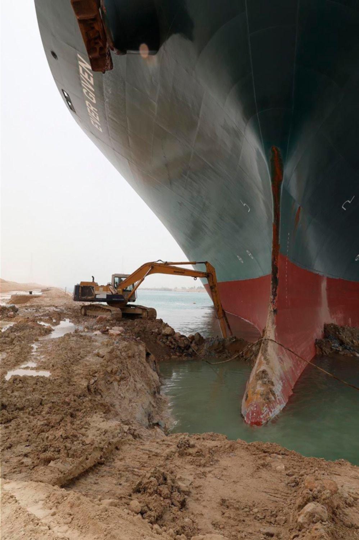 ¿Por qué es importante el bloqueo del canal de Suez?