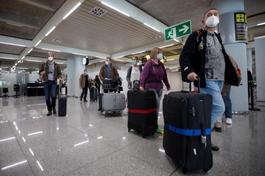 Un escenario complejo tras la suspensión de vuelos desde Brasil, Chile y México