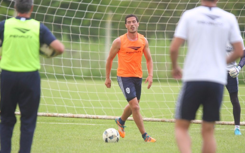 Miloc, con chances de ir a Temperley
