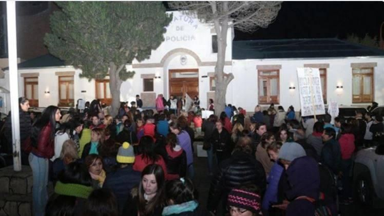 Alicia Kirchner, 9 horas atrapada por protesta