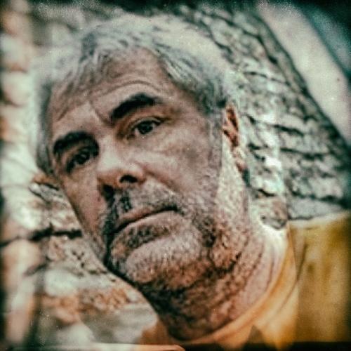 Rafael Pinedo: ¡Pum! Tabúes de barro