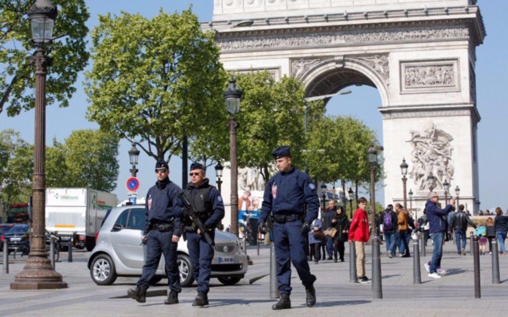 Francia refuerza la seguridad de cara a las elecciones y tras ataque en París