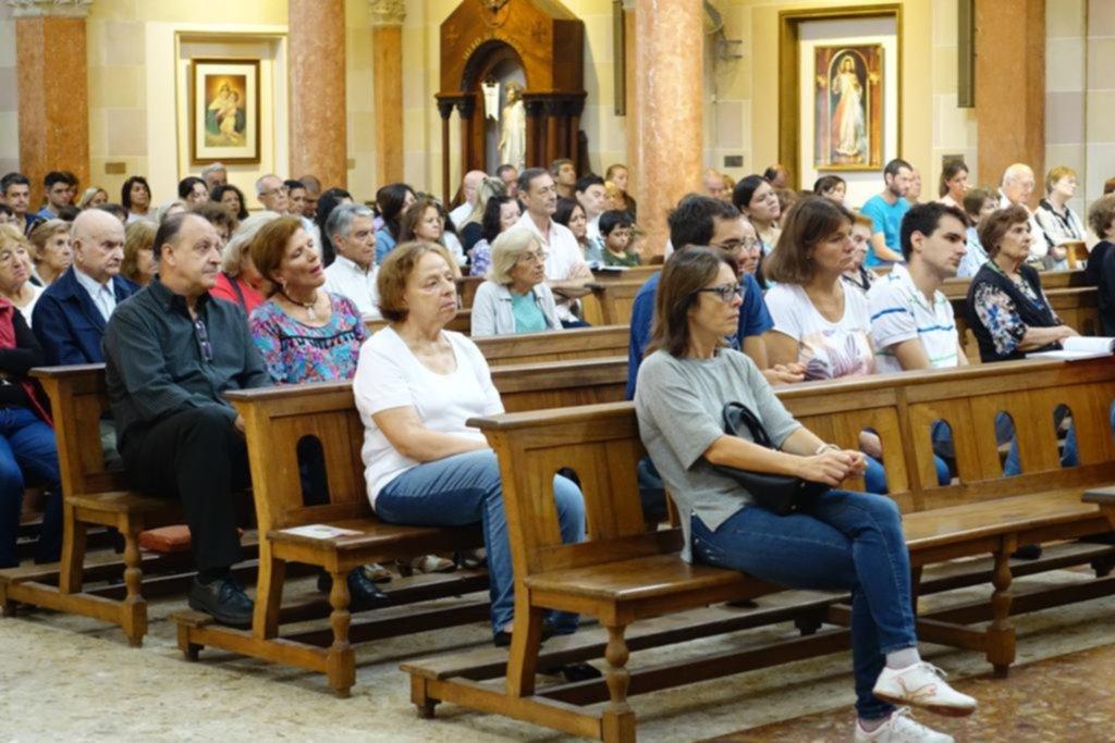 Cerró la Semana Santa con fuerte presencia de fieles en las misas del Domingo de Pascua