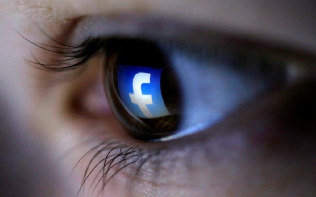 Facebook podría permitirte borrar los mensajes después de enviarlos