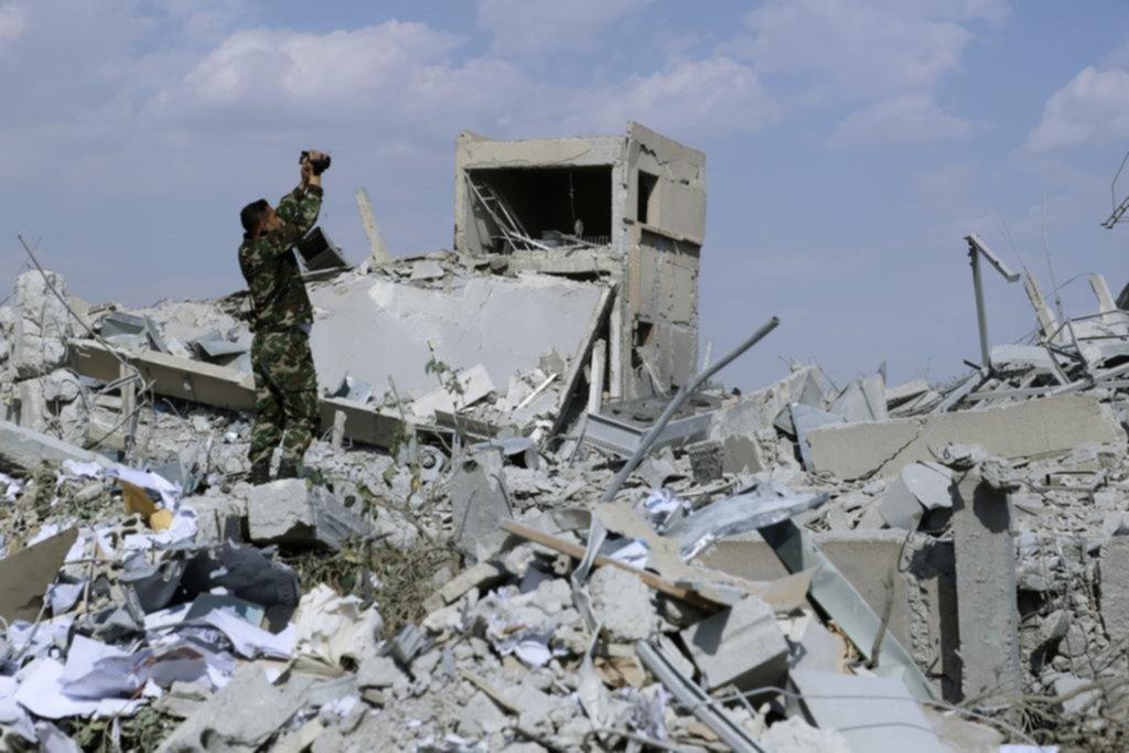Estados Unidos no descarta realizar nuevos bombardeos contra Siria