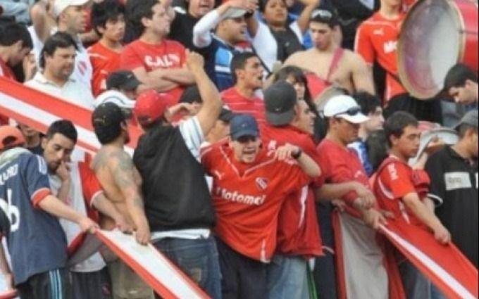 En Independiente-Boca varios barrabrava detenidos