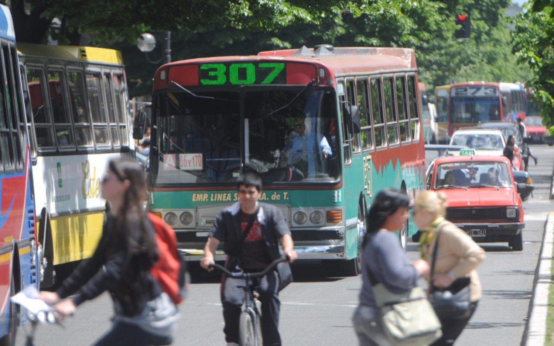 La UTA desmintió la convocatoria de un  paro de colectivos a nivel nacional