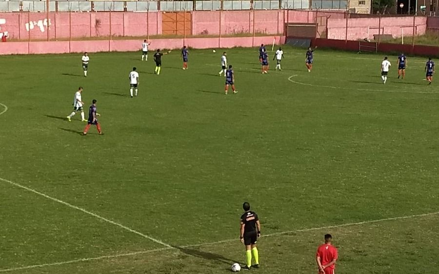 Cambaceres cayó ante Laferrere
