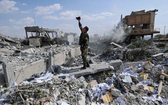 El secretario general de la OTAN defendió los ataques a Siria
