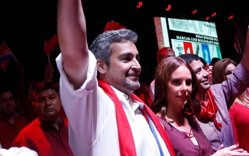 Mario Abdo Benítez es elegido presidente de Paraguay