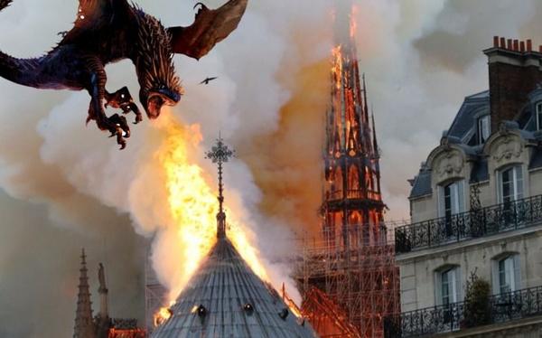 Sin piedad en las redes: aparecieron los memes del incendio en Notre Drame