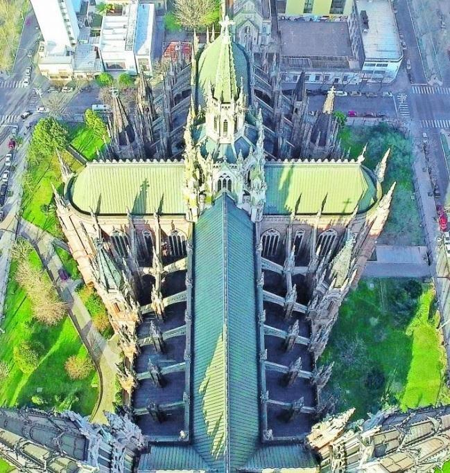 """Consideran que es """"necesaria"""" una revisión del estado de la Catedral de La Plata"""