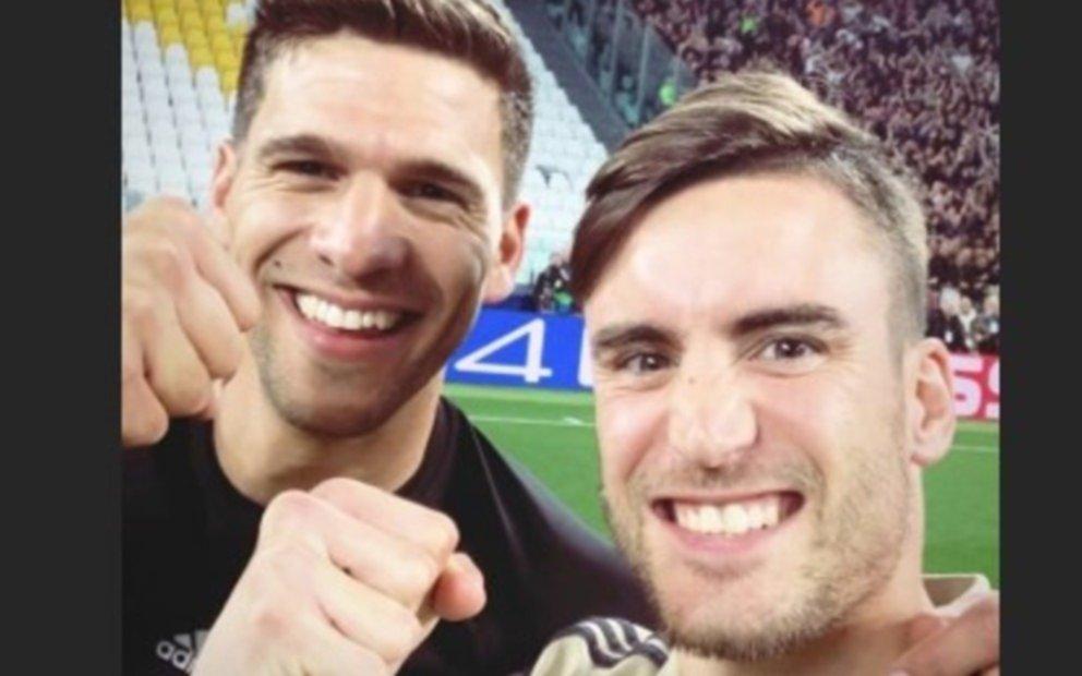 Festejo platense en el histórico batacazo del Ajax ante la Juve de Cristiano Ronaldo