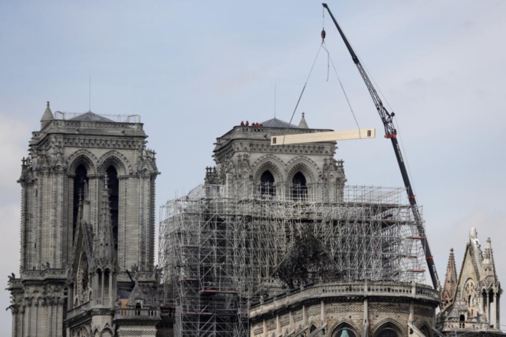 Aún no se disipan los temores por la vulnerabilidad de Notre Dame