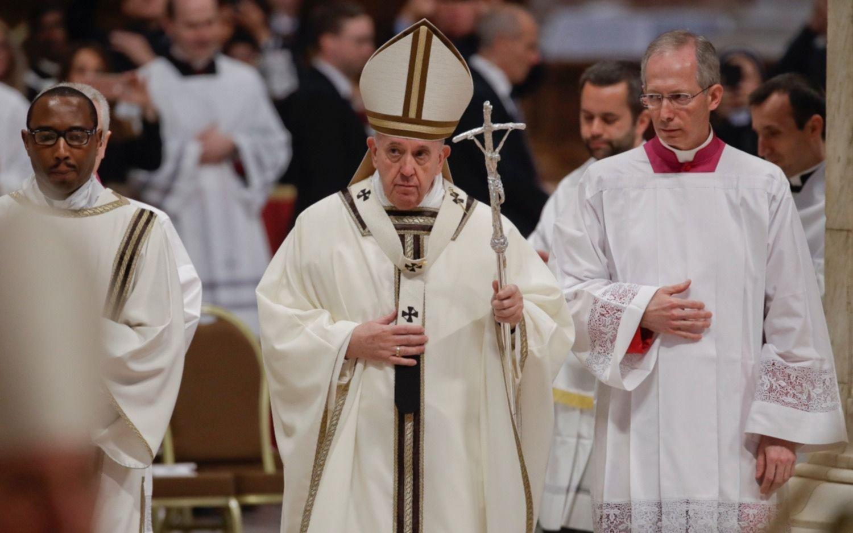 """Francisco le pidió a los sacerdotes que sean """"imagen de pobres y oprimidos"""""""