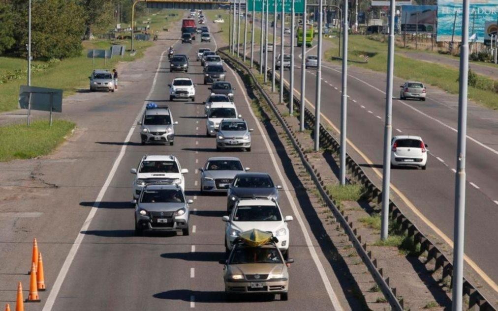 Arrancó el éxodo por Semana Santa: 2700 autos por hora pasaron por Autovía 2 hacia la Costa