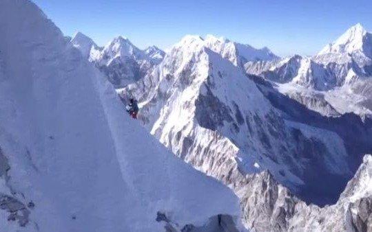 Tres de los mejores alpinistas del mundo están desaparecidos tras una avalancha