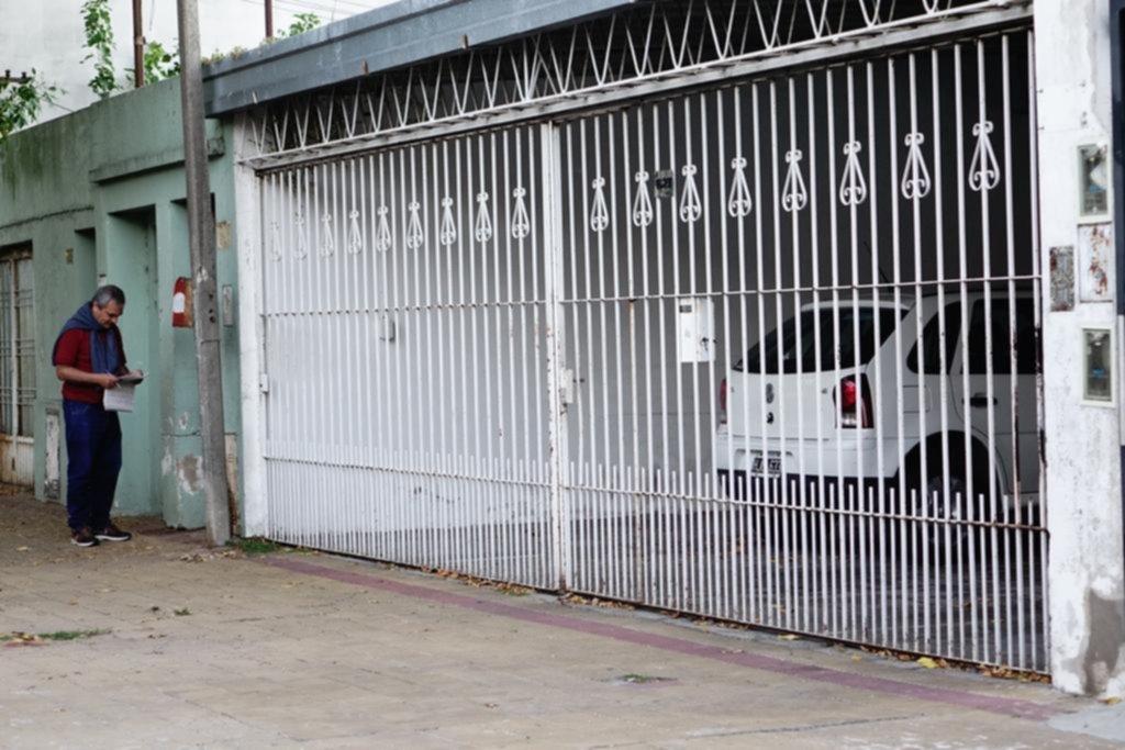 En un presunto brote, una joven acuchilló a su madre en una vivienda de La Loma
