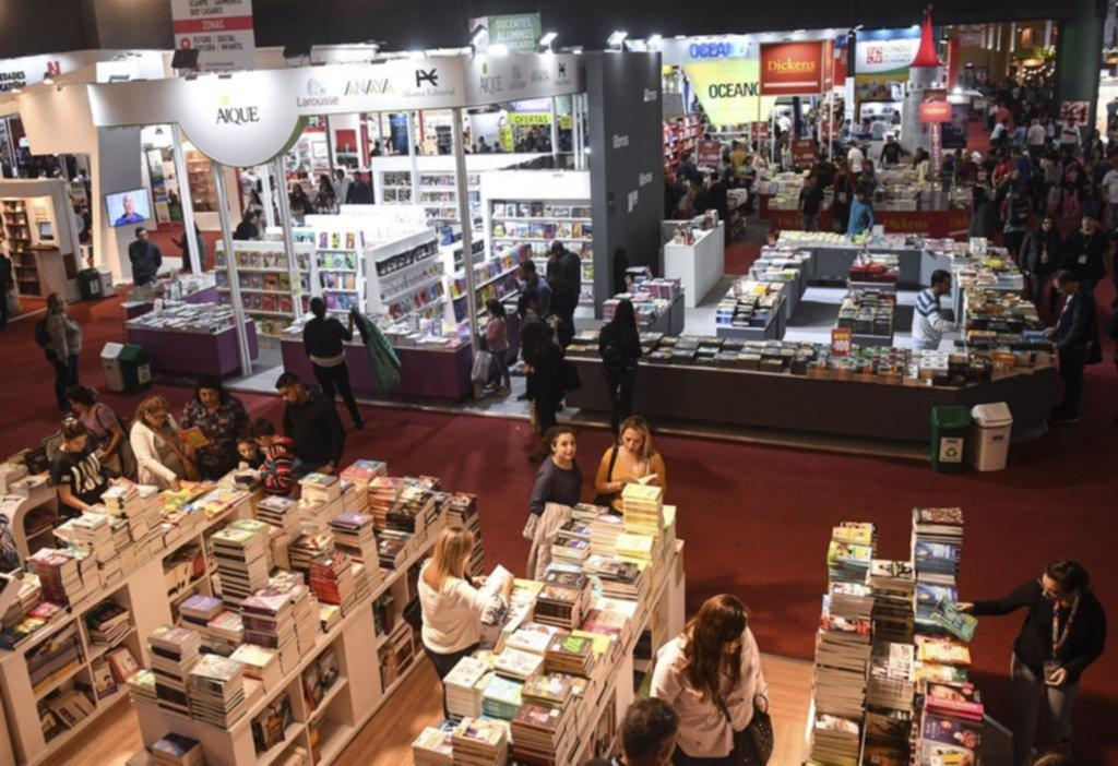 Política y feminismo, protagonistas en la Feria del Libro que empieza ...