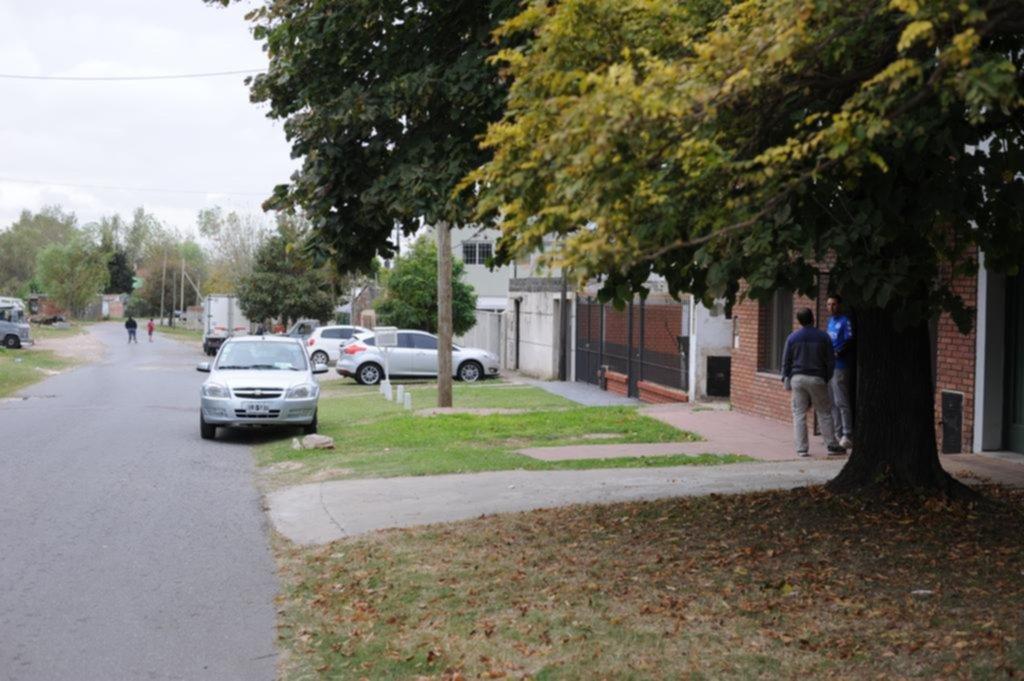 "Utilizaron de ""campana"" a un nene para asaltar a una familia en Tolosa"
