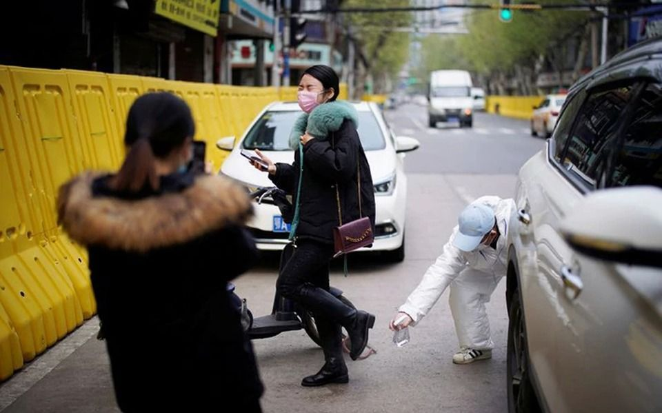 Más de 20 millones de líneas de celulares menos en China: ¿Sugieren la cifra real de muertos?