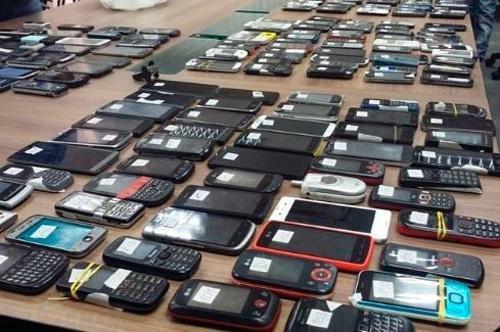 En las cárceles secuestraron 90 mil celulares en cuatro años