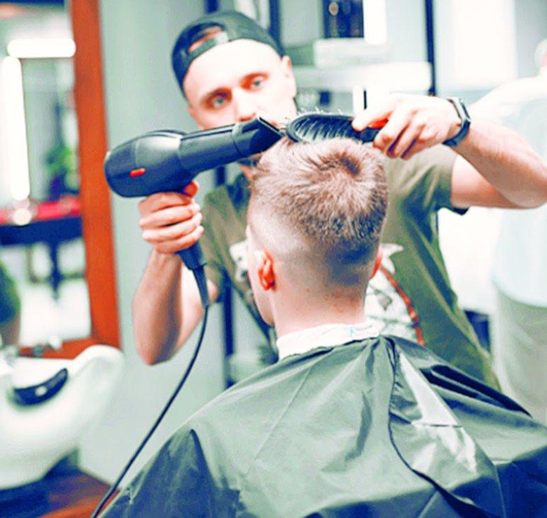 Las peluquerías, del boom comercial a vivir la peor crisis en mucho tiempo