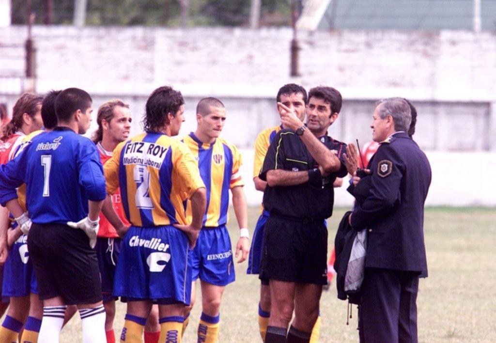 El penal más largo de la historia del fútbol cumplirá 17 años y Camba aún lo sufre