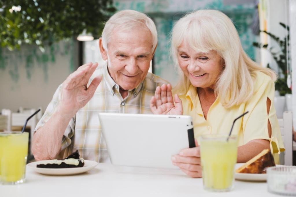 Tendencia: padres e hijos separados y los contactos virtuales en tiempos de cuarentena