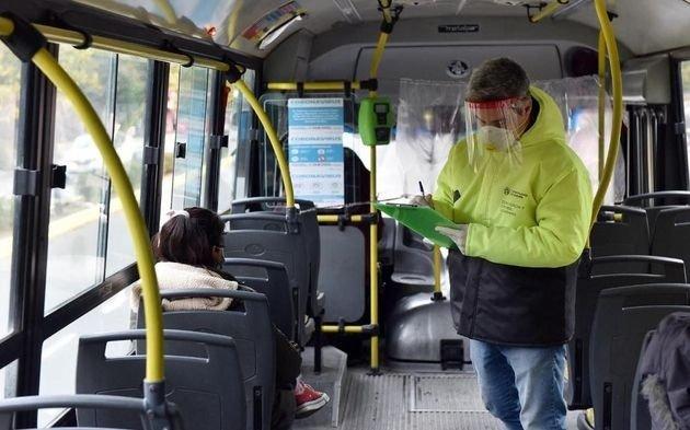 El Gobierno Nacional limitará el transporte público y pretende restringir la circulación nocturna desde las 22