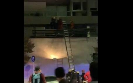 Cayó una nena de seis años desde el balcón de un quinto piso de un edificio de Puerto Madero
