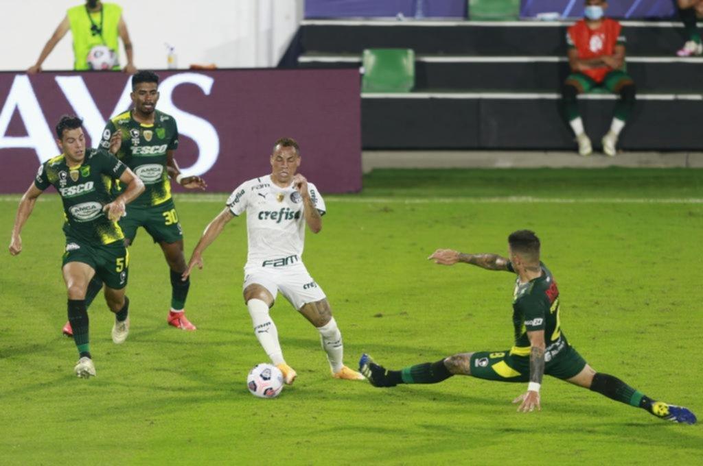 Defensa no pudo con Palmeiras y ahora define la Recopa en Brasilia