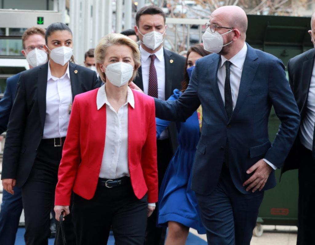 El machismo de Turquía dejó sin silla a la jefa de la Comisión europea