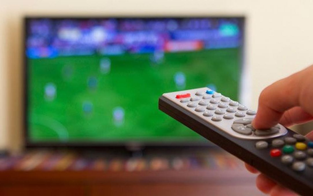 Qué partidazos podrás ver este finde en tu TV: los equipos de la Ciudad, clásicos y más