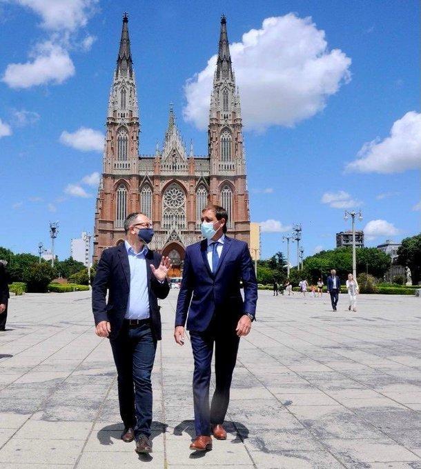 Garro suma a un ex ministro de Vidal a su equipo de gobierno
