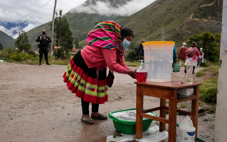 Perú vota presidente y legisladores
