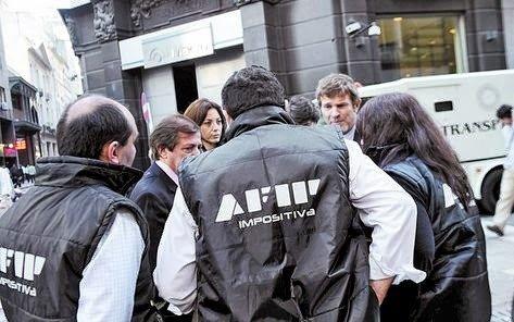 El Gobierno instruyó a la AFIP para que sus inspectores controlen el cumplimiento de Precios Máximos