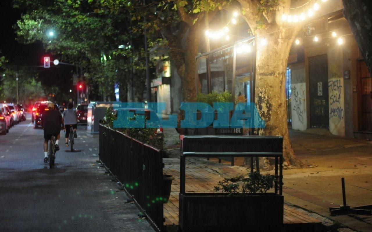 Rige la restricción de circulación nocturna: así están las calles de La Plata