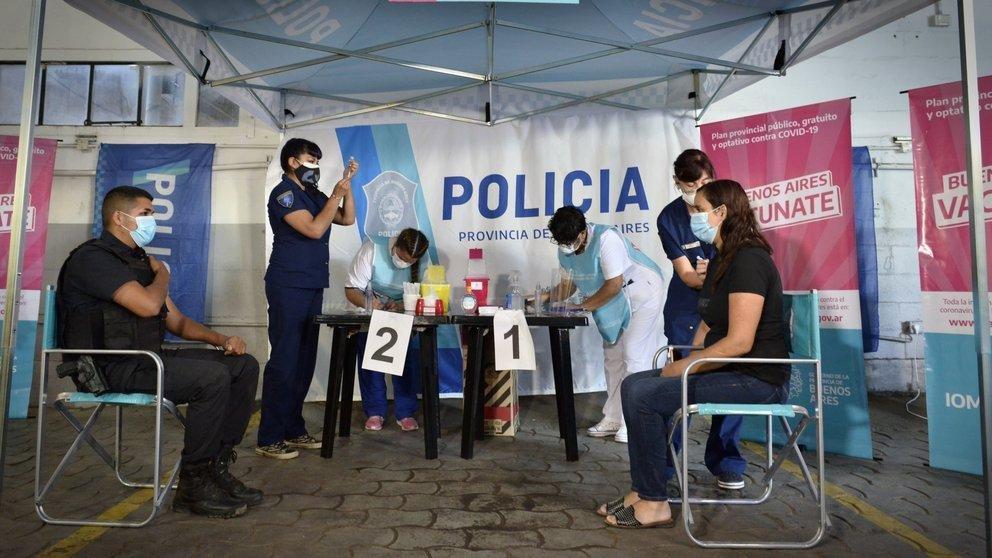 Preocupa la ola de contagios de Covid-19 entre policías y piden por los presos en la DDI