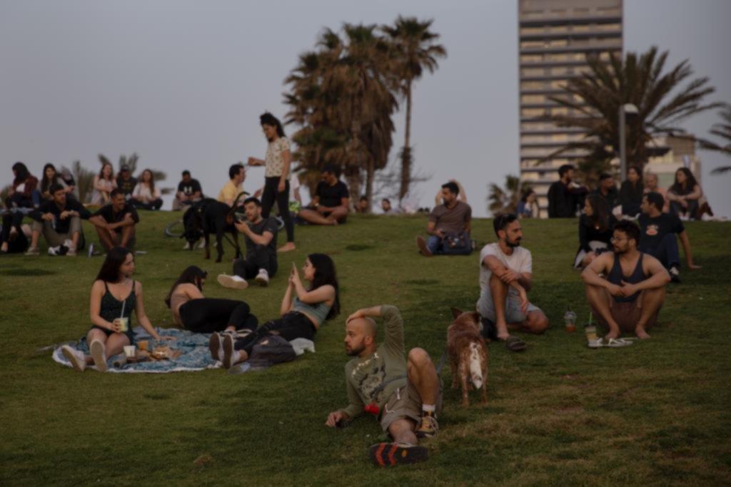 En Israel ya no es obligatorio usar barbijos al aire libre