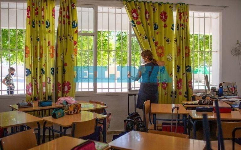 """Gremio docente no descarta que las clasesvirtuales se extiendan después del 30 """"si no bajan los contagios"""""""