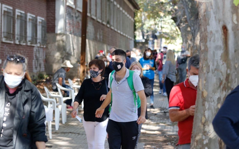 La jornada con más fallecidos en La Plata: 33 muertes y 726 contagios más de coronavirus