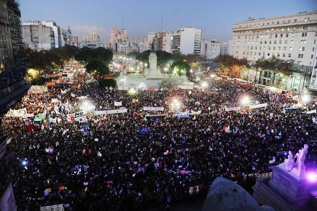 A un año de #Niunamenos, una nueva marcha contra los femicidios