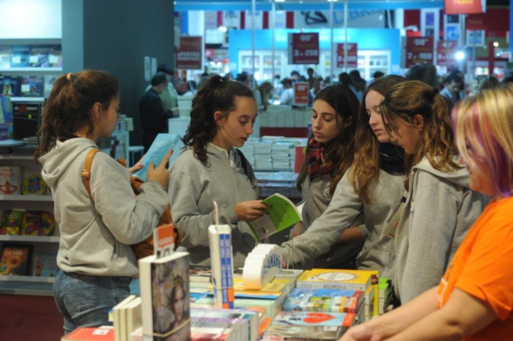 De la mano de blogs y redes, la literatura juvenil es la gran protagonista de la Feria