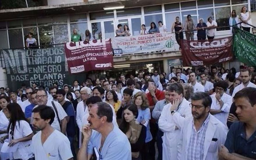 Los médicos anunciaron un paro en todos los hospitales de la Provincia