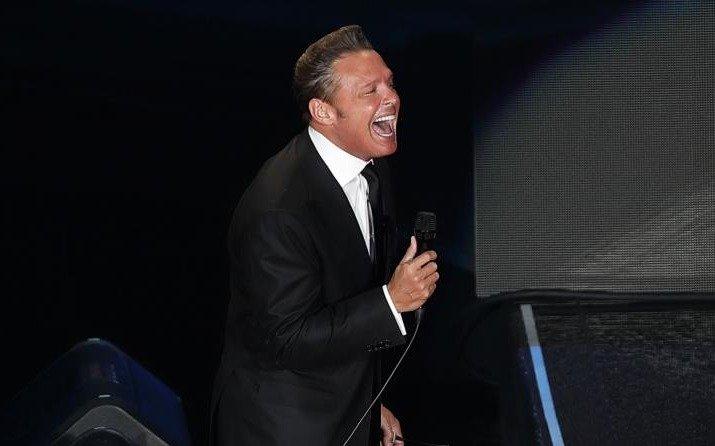 Roberto Palazuelos pone en su lugar al cantante Luis Miguel
