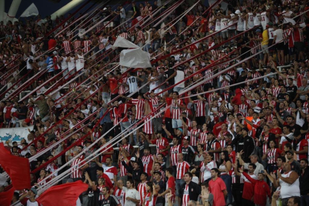 Estudiantes le dará casi toda la cabecera a Nacional